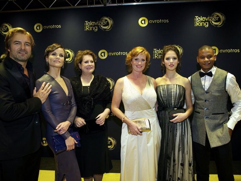 televizier ring awards with the winners: cast of flikken maastricht